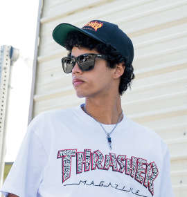 THRASHER FLAMEロゴ6Pキャップ